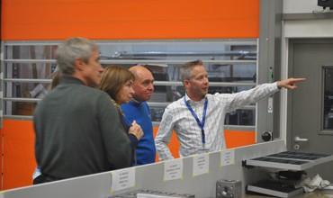 Volker Fuchs talking to international astronauts