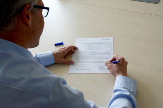 """TEST-FUCHS - """"Wir geben Zukunft"""": TEST-FUCHS unterzeichnet Lehrlings-Charta 2021"""