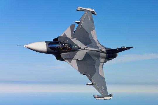 TEST-FUCHS - TEST-FUCHS fertigt Prüfstände für Saab Gripen E-Kampfflugzeuge in Brasilien
